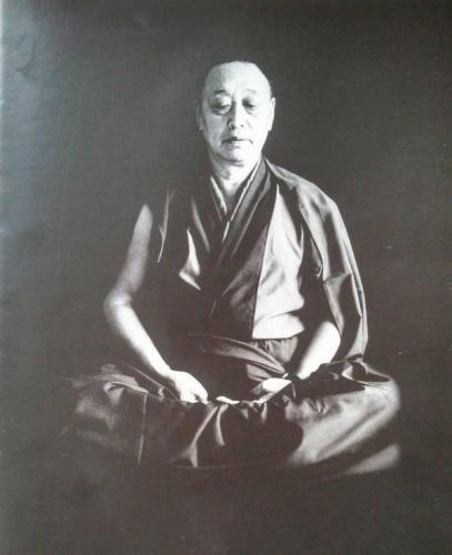 Menri Trizin Rinpoche, maître spirituel de Lama Samten, chef de la ligne de boudhism bon